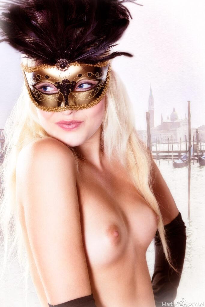 venetian carnival mask woman