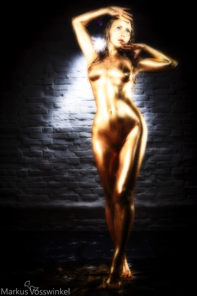 Golden Lady, woman in gold