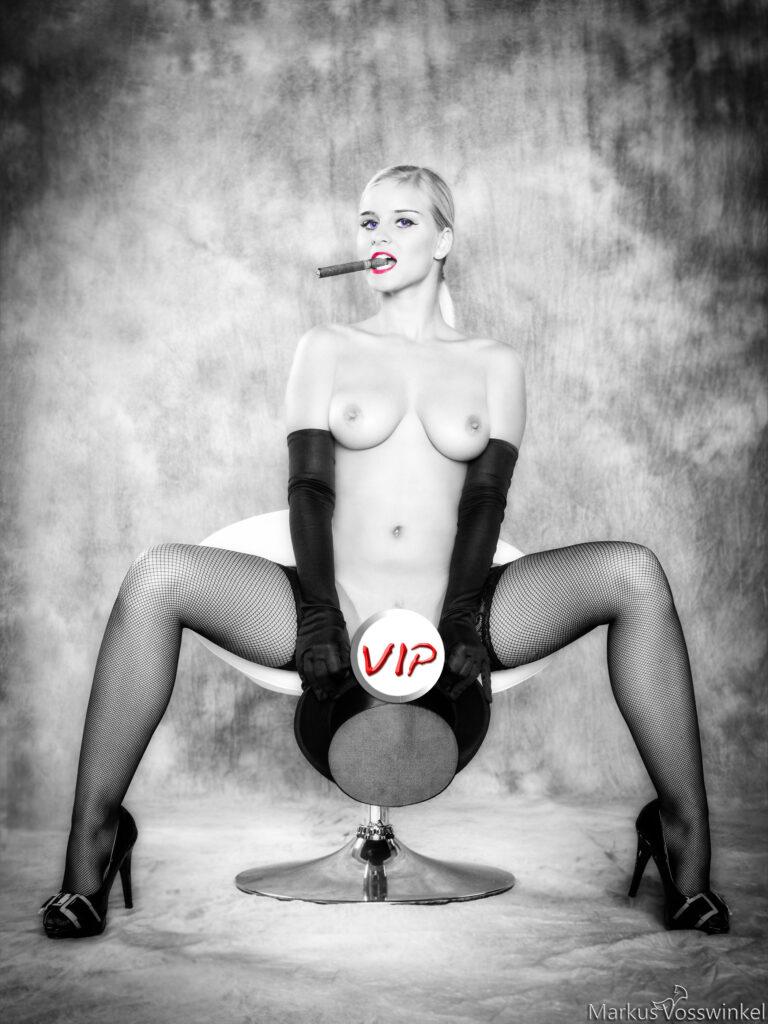 smoking, VIP-Preview