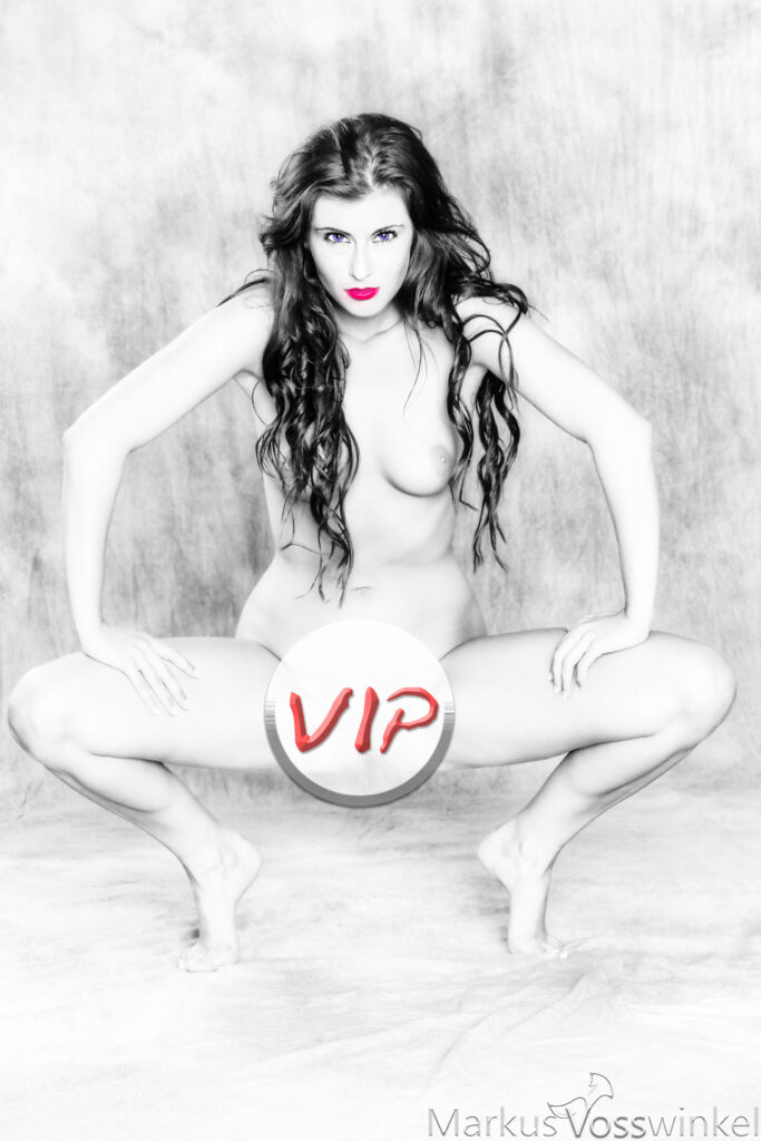 red blue, VIP-Preview