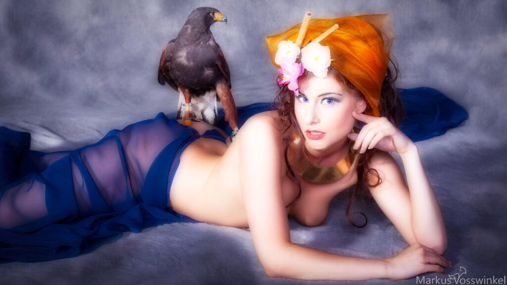 Wild Things,women in falconry